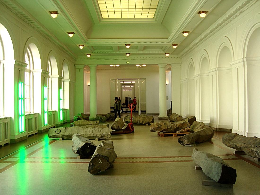 Berlin_museum_fur_gegenwart_Beuys[1]